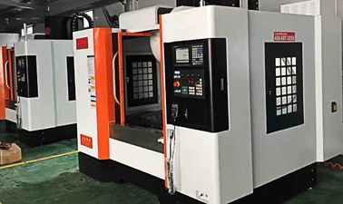 China High Efficiency Box Way CNC Vertical Milling Machine For Heavy Cut Processing supplier