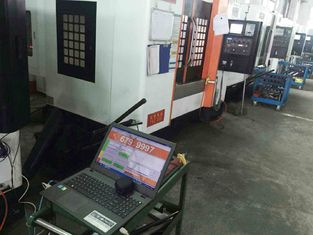 China High Precision CNC Vertical Machining Center Linear Way Wider Saddle Base supplier