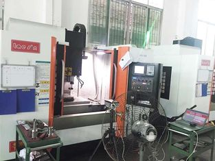 China Higher Productivity 3 Axis Vertical Machining Center European Class P Linear Guide Way supplier