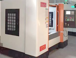 China High Geometrical Horizontal CNC Milling Machine 0.012mm Positioning Accuracy supplier