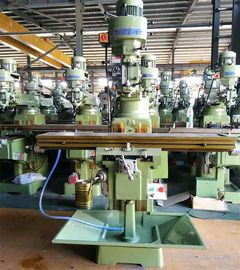 China 5440 RPM Spindle Speed Turret Taiwan Milling Machine 127mm Spindle Travel factory