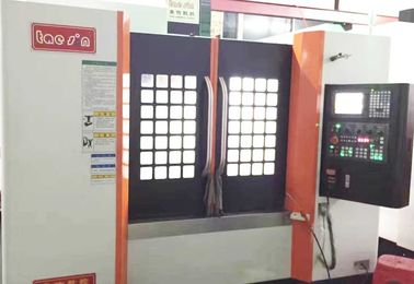 China Mitsubishi System 3 Axis CNC Machining Center , High Speed Siemens CNC Machine distributor